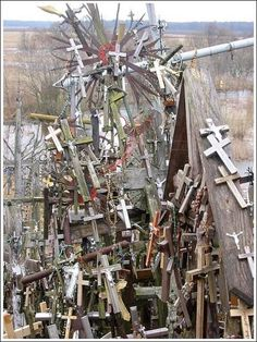 http://lastnewsgr.blogspot.com/2012/02/to-much-christian-crosses.html