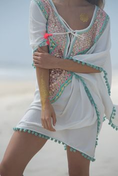 Miss June Paris Beachwear Fashion, Boho Fashion, Fashion Styles, Fashion Design, Boho Beach Style, Boho Chic, Holiday Outfits, New Outfits, Family Reunion Outfit