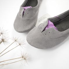 Cool Gray Soft Suede Leather Handmade Oxfords Shoes. i want these or any other shoe in this seller's shop! (size 37)