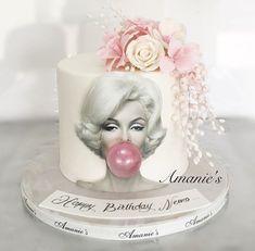 Pretty Cakes, Beautiful Cakes, 18th Birthday Cake For Girls, Drip Cake Tutorial, Marilyn Monroe Birthday, Extreme Cakes, Bubble Cake, Chanel Cake, Cake For Husband
