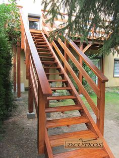Outside Stairs Design, Wooden Staircase Design, Deck Railing Design, Wooden Staircases, Stairways, Flooring For Stairs, Wood Stairs, Backyard Plan, Backyard Patio