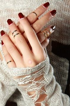 knuckle rings - these are the exact ones I want! So simple and pretty
