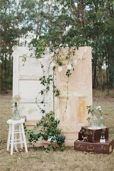 16 Amazing Wedding Photo Booth Backdrops for 2019 Trends - EmmaLovesWeddings - outdoor country wedding photo booth backdrop ideas - Wedding Arch Rustic, Country Wedding Decorations, Wedding Ceremony Backdrop, Outdoor Ceremony, Wedding Reception, Wedding Backdrops, Wedding Country, Ceremony Decorations, Flowers Decoration