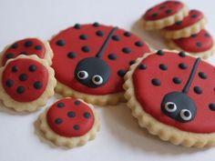 ladybird biscuits LOooove the Little Dot Cookies too:)!!