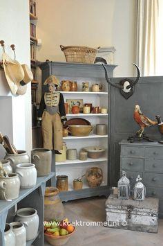 een uitgebreid assortiment van authentieke Franse meubelen en woonaccessoires