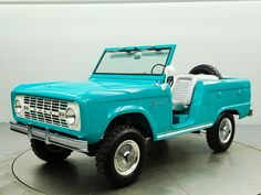 Ford Bronco Roadster - beautiful! Dream   truck!!! http://estabrookford.com/Ford-Dealer-Serving-Gulfport-MS/