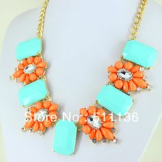 Fashion Gold Brand Flower And Square Acrylic Chunky Statement Necklace