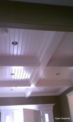 ceiling treatment neat with the b board