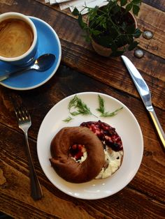 This is the best way to kick start my day- wake up early and have a good breakfast. Long black, cinnamon & raisin bagel with berry jam & cream cheese.  How do you start yours?  #kokakoorganic #lovecinnamon  #kaffeinenz #breakfast #brew