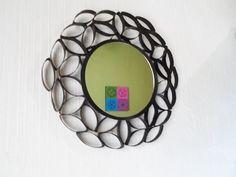 ¿Cómo enmarcar un espejo reciclando? - YouTube