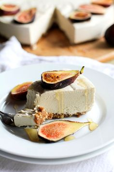 No-Bake Vegan Cheesecake - grain-free, dairy-free, refined sugar-free