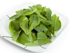 Food of the week Spinach: Spinach has many health benefits such as improved eyesight, healthy blood pressure, stronger muscles, prevention of age-related macular degeneration (AMD), cataracts, atherosclerosis, heart attacks and neurological benefits- http://bit.ly/b2MQWG
