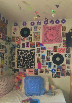 Cute Room Ideas, Cute Room Decor, Indie Room Decor, Hippie Bedroom Decor, Retro Room, Vintage Room, Bedroom Vintage, Room Ideas Bedroom, Bedroom Inspo