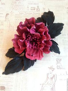 """Купить Цветы из кожи. Брошь-заколка """" Малиновая искра"""" - розовый, малиновый цвет, малиновый"""