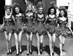 showgirls #Women #Fashion #Dressup