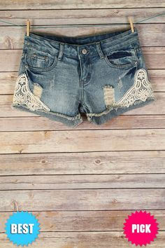The Texas Cowgirl - Denim and Lace Shorts, (http://www.thetexascowgirl.com/denim-and-lace-shorts/)