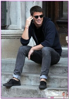 Hot Guy Of The Day: Josh Hartnett Josh Hartnett Hanging Out In West Greenwich Village – Celeb Gossip, Celeb News and Celeb Pictures by I'm Not Obsessed