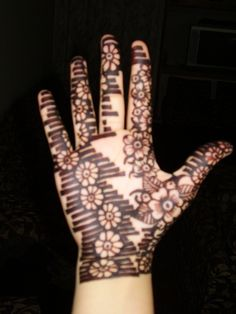 sudanese henna pictures   LAHORE, Pakistan – Mehndi,also known as henna, is a really cool way ...