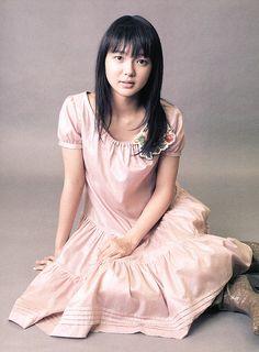 Mikako Tabe , Tabe Mikako(多部未華子) / japanese actress Japanese Geisha, Japan Girl, Asian Actors, Love Hair, Girl Poses, Portrait Photographers, Portraits, Supermodels, Actors & Actresses