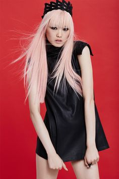 Fernanda Ly/150409_hp-vert_leather_800x1200