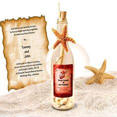 Esta exquisita invitación vintage cuenta mejor de la naturaleza. High-end grande botella (cerca de 10 de alto) con el tapón de la botella natural, arena, conchas y estrellas de mar impresionantes. Perfecto para bodas de destino y aquellos que están buscando invitaciones hechas a