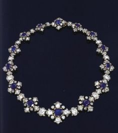 Queen Victoria's sapphire necklace