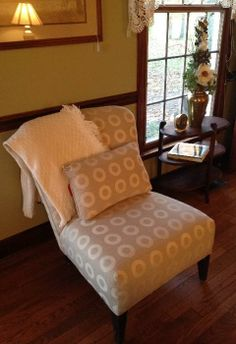 upholstered chair, tan and white, without throw