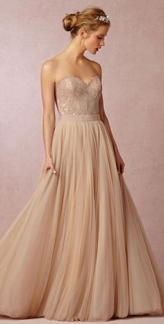 Wedding Dress Photos - Find the perfect wedding dress pictures and wedding gown photos at WeddingWire. Browse through thousands of photos of wedding dresses. Bhldn Wedding Dress, Colored Wedding Dresses, Tulle Wedding, Bridal Gowns, Wedding Gowns, Wedding Blog, Dress Wedding, Wedding Corset, Blush Bridal