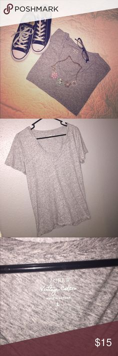 J.CREW cotton tee Such a go to shirt for those casual days, extremely soft and comfortable and in excellent condition. Only worn and washed 2-3 times, always air dried. From the vintage cotton collection. No flaws except for hem where it rolls as tees tend to do.  Picture included. J. Crew Tops Tees - Short Sleeve