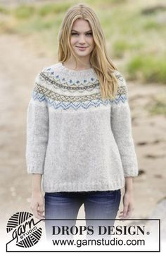 """Lovely & Blue - Knitted DROPS jumper with lace pattern, round yoke and seed st in """"Merino Extra Fine"""". Size: S - XXXL. - Free pattern by DROPS Design Drops Design, Sweater Knitting Patterns, Knit Patterns, Fair Isle Knitting, Free Knitting, Finger Knitting, Punto Fair Isle, Ropa Free People, Drops Patterns"""