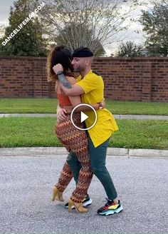 Querida Bachata Dance by Ataca & La Alemana | DanceLifeMap Bachata Dance, Acro Dance, Funny Math Jokes, Math Humor, Cool Dance Moves, Best Dance, Belly Dance Makeup, Salsa Music, Funny Sms