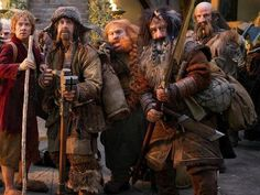 """(Click!) Found on Tumblr: """"I just spotted this.  Just look at how Bilbo seems to be gripping Bofur's elbow.  This is so endearing, it's unreal. What this shows is how much trust Bilbo has in Bofur. Perhaps not enough to freak out and tackle hug him for safety, but enough for him to seek a little comfort from having the lovely dwarf at his side...""""  THAT IS BEAUTIFUL."""
