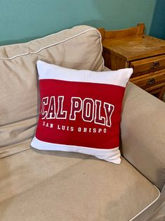 This Cal Poly San Luis Obispo recycled sweatshirt pillow is the perfect gift for a graduate, student, or alumni! This also makes a great gift for the student who has decided to attend California Polytechnic State University - San Luis Obispo. I up-cycle sweatshirts into pillows and I found this appliquéd Cal Poly SLO sweatshirt that I transformed in to a sweatshirt. College Student Gifts, College Students, Dorm Pillows, Throw Pillows, Fabric Bags, Pillow Forms, San Luis Obispo, Graduation Gifts, State University