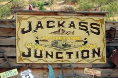 10 Best: Funny Sites Along Route 66: Family Photo Gallery by 10Best.com