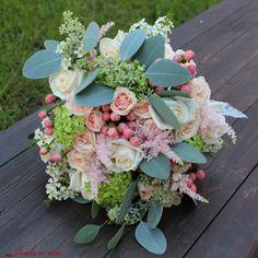 #bouquet #madewithjoy #paulamoldovan #livadacuvisini #bride #wedding #flowers #shesaidyes #reasontosmile #lace #silver #eucaliptus #trandafiri #roses #pink #buchet #cununie #mireasa #nasa #nunta #florist #flori #bucuresti
