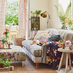 Country living room with botanical soft furnishings