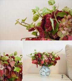 Herbst-Dekoration auf vollen Touren… Strauß aus frischen Blumen und Blättern (DIY), Vase (Flohmarktfund)