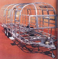Structure of an Airstream trailer Airstream Camping, Airstream Travel Trailers, Camper Caravan, Vintage Travel Trailers, Diy Camper Trailer, Family Camping, Camping Tips, Airstream Remodel, Airstream Renovation