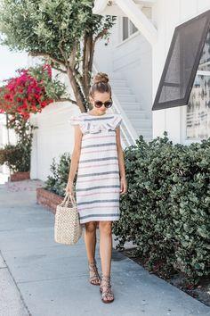 Merrick's Art   How to Make a Summer Dress with a Ruffle Neck @Fabricdotcom #MadeWithFabric #DIYFriday #Sponsored