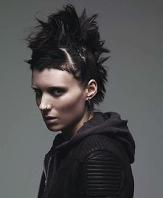 Rooney Mara - Lisbeth Salander - The Girl with the Dragon Tattoo