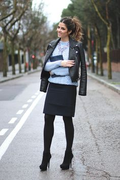 Falda/Skirt: Custommade-Girissima.com (AW 13 Sales) Chaqueta y collar/Jacket and necklace: Zara (AW 13) Botines/Booties: Jessica Simpson-338online (AW 13 Sales) Bolso/Bag: The Code