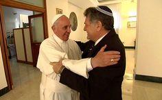 """El papa Francisco envió sus """"mejores deseos"""" a la comunidad judía por Rosh Hashaná - http://diariojudio.com/noticias/el-papa-francisco-envio-sus-mejores-deseos-a-la-comunidad-judia-por-rosh-hashana/211368/"""