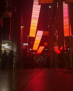 What do you get when you combine digital video feedback loops using a smartphone camera, television monitor and domestic wifi network? ++ = Curtain by Justin Harvey! One of 12 featured video works by @artdesignunsw playing right now in The Galeries. Discover 'Sight (Site) Uncovered' tonight and June 15 from 5:30pm until 11pm. #thegaleries #perspectives #VividSydney #vivid #animation #art #digitalart #sydney #seesydney #unsw #thecreativecampus