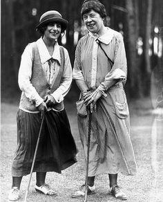 golfing gals
