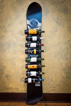 Ski Wine Rack #ski #snow #recyclé #recyclage #recycled #recycling #hiver #neige #deco #chaines chainesbox.com