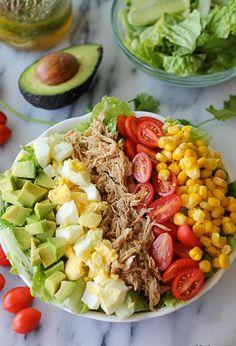 Pork Cobb Salad Recipe Leftover Pulled Pork Cobb Salad () (with leftovers from Slow Cooker Pulled Pork Gyros — on )Leftover Pulled Pork Cobb Salad () (with leftovers from Slow Cooker Pulled Pork Gyros — on ) Healthy Meal Prep, Healthy Snacks, Healthy Eating, Healthy Recipes, Healthy Dinner Food, Pork Recipes, Salad Recipes, Chicken Recipes, Plats Healthy
