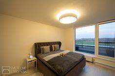 Svetelný strop CIR 800 s nepriamym osvetlením v spálni. Bratislava, Bed, Furniture, Home Decor, Decoration Home, Stream Bed, Room Decor, Home Furnishings, Beds