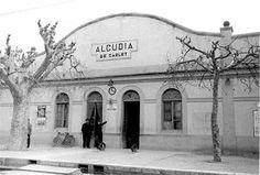 Cerrajeros La Alcudia, apertura de puertas, cambio de cerraduras, bombillos, cierres. Cerrajero urgente 24 horas. Persianas, motores, puertas seccionales, correderas, enrollables, batientes, preleva. Rápido y económico