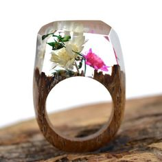 Features: - All our rings are handmade by craftsmen. Each ring is unique and different from one another. - Our rings take approximately 7 days in production. Please plan accordingly. - We ship worldwi
