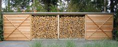 moderne haardhoutopslag in hout met tuinberging